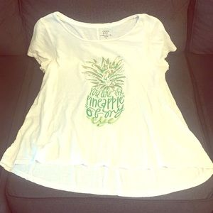 Crown and ivy Tee shirt